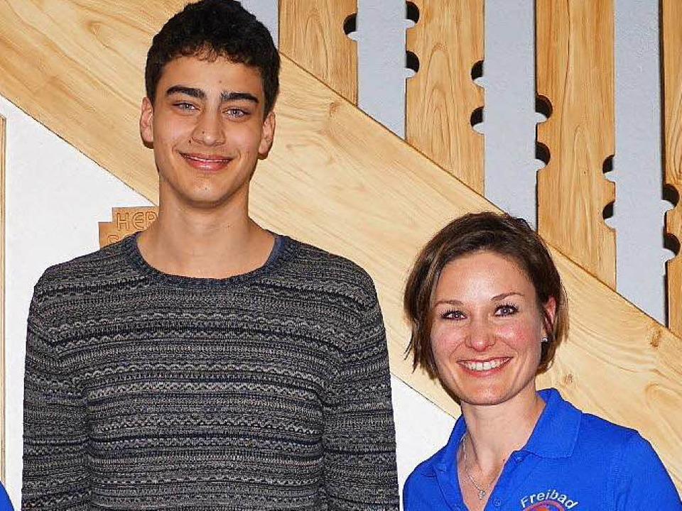 Neue Führungsspitze beim Schwimmbadför...Mikatta und Vorsitzende  Sarah Leufke.  | Foto: Felix Mark