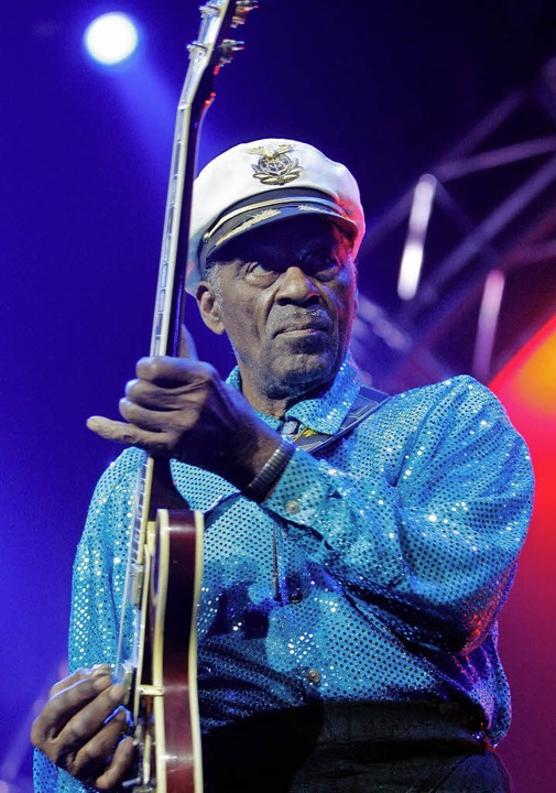 Schillernde Figur: Chuck Berry 2007 bei einem Konzert in Basel      Foto: dpa