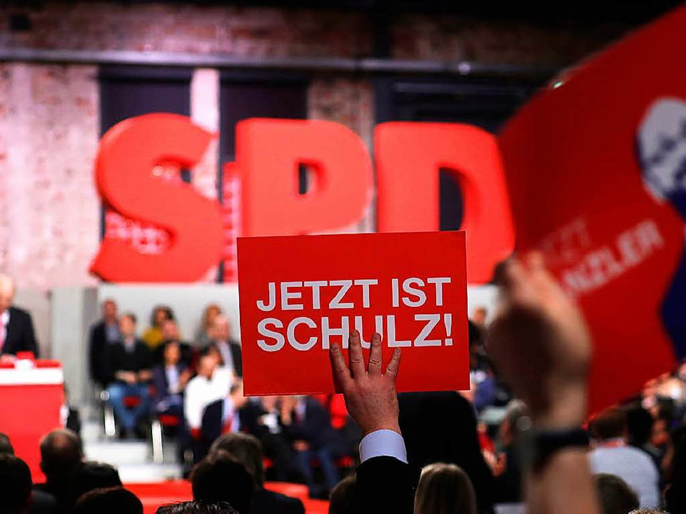 Alle 605 gültigen Stimmen wurden für Schulz abgegeben.  | Foto: dpa