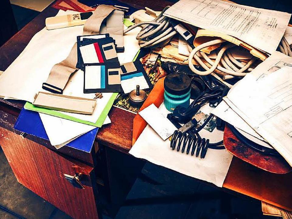 Aufräumen kann sich lohnen - Chaos auf...ein Hindernis für effektives Arbeiten.  | Foto: Sergey Yarochkin/Fotolia.com