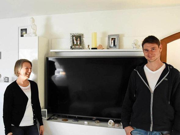 glottertal tv experiment zwei glottert ler verzichteten f r sat1 sendung vier wochen auf fast. Black Bedroom Furniture Sets. Home Design Ideas