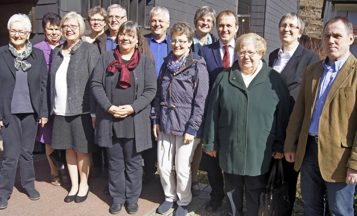 Die Visitationskommission mit Dekan Rü...arbara Müller-Gärtner (2.von rechts).   | Foto: Roland Gutjahr