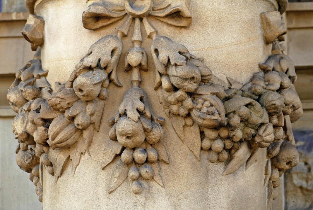 Reich verzierte Details kennzeichnen das Gebäude.  | Foto: Sabine Ehrentreich