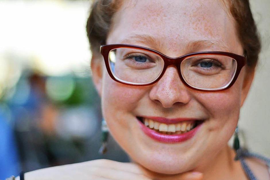 Biggi Rohm (28) ist Slam-Poetin und Autorin bei der Badischen Zeitung. (Foto: Anna Preibisch)