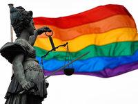 Justizopfer freuen sich über spätes Zeichen des Rechtsstaates