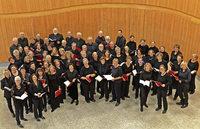 """Motettenchor mit Orchester und """"Stabat Mater"""" im Lörracher Burghof"""