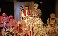 """Junges Theater spielt """"Oliver Twist"""" von Charles Dickens im Alten Wasserwerk Lörrach"""