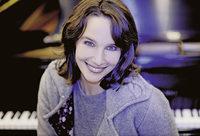 Hélène Grimaud beim AMG-Solistenabend im Musical-Theater Basel
