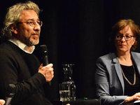 Enorme Sicherheitsvorkehrungen: Diskussion mit Can Dündar in Lörrach