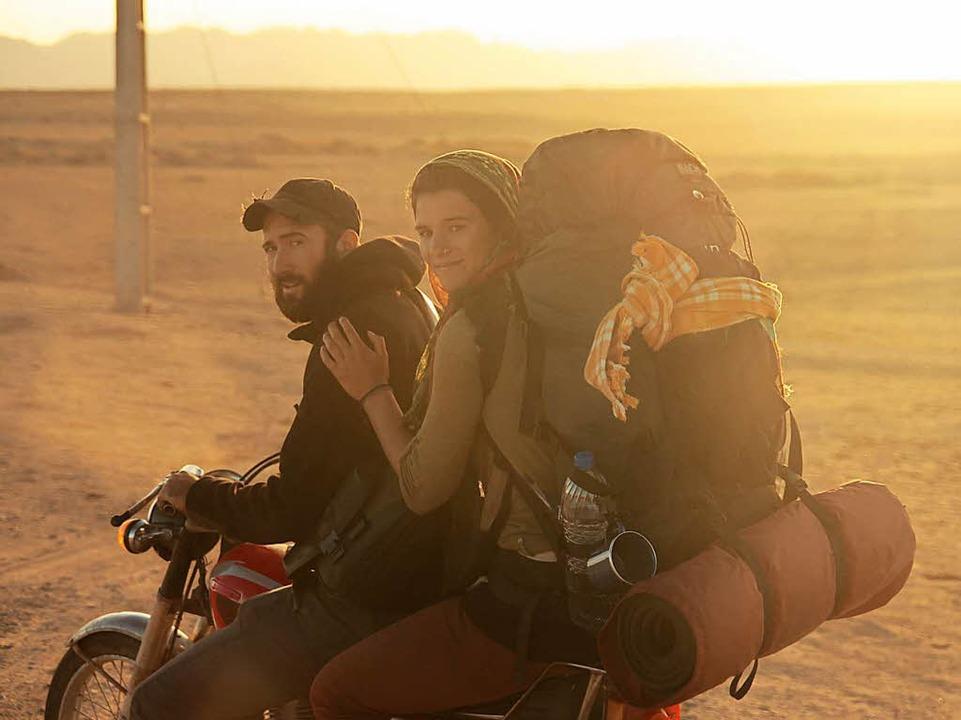 Auf dem Motorrad durch die iranische W...ier und Gwen Weisser im Dezember 2013.  | Foto: Gwen Weisser
