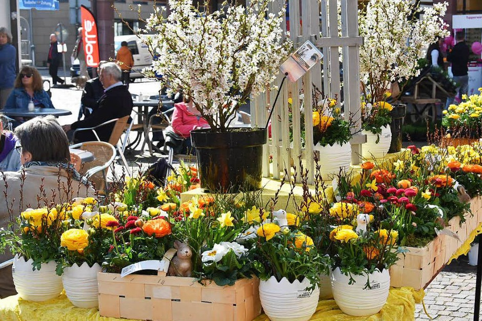 Beim Fahrrad- und Frühlingsmarkt in Gundelfingen gab's ein reichhaltiges Angebot. (Foto: Andrea Steinhart)