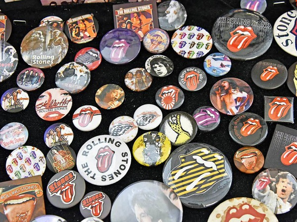 Ansteckend: Buttons mit Rolling-Stones-Motiven