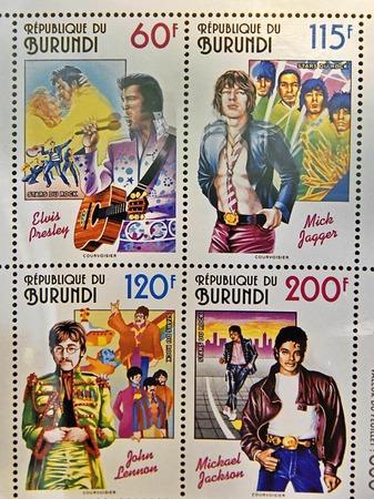 Burundi ehrte Elvis Presley, Mick Jager, Michael Jackson und John Lennon mit Briefmarken (von links oben im Uhrzeigersinn).