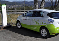 Neue Carsharing-Station mit E-Auto