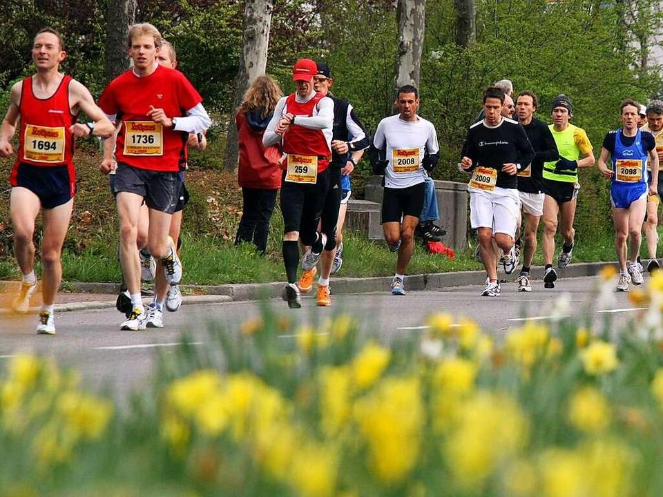 Der Freiburg-Marathon als Wohlfühloase...e, frische Blumen, meist tolles Wetter  | Foto: Patrick Seeger