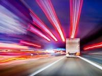 Umgekippter Lkw behindert Verkehr auf der A 5