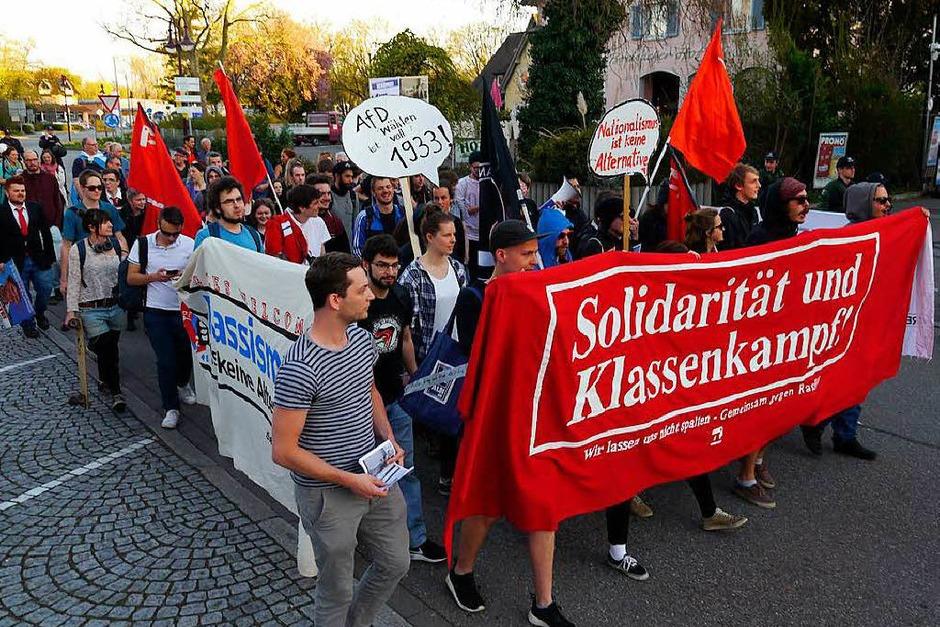 Demonstration von Parteien, Gewerkschaften und antifaschistischen Organisationen gegen eine Wahlkampfveranstaltung der rechtspopulistischen AfD in Breisach (Foto: Patrick Kerber)