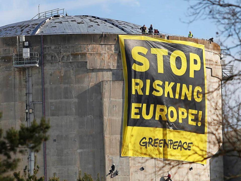 Greenpeace-Protestaktion beim Akw Fessenheim im Jahr 2014.   | Foto: Oliver Huber