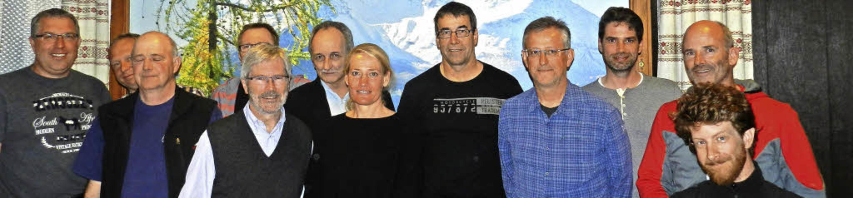 Gruppenbild mit den neuen  Ehrenmitgli..., Thorsten Hirsch und Andreas Ziegler   | Foto: Gerhard wiezel