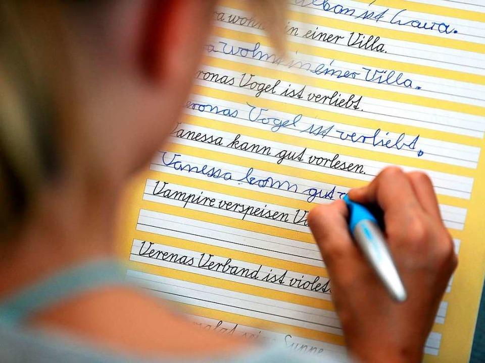 Deutschlands Schüler schreiben zu wenig mit der Hand - Kultur ...