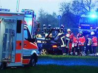 Fünf Schwerverletzte bei Frontalkollision bei Ihringen