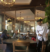 Café Comercial: Madrids älteste Kaffeehaus ist wiedereröffnet