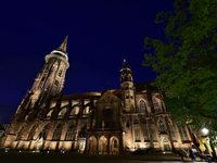 119 neue LED-Strahler beleuchten nachts das Münster