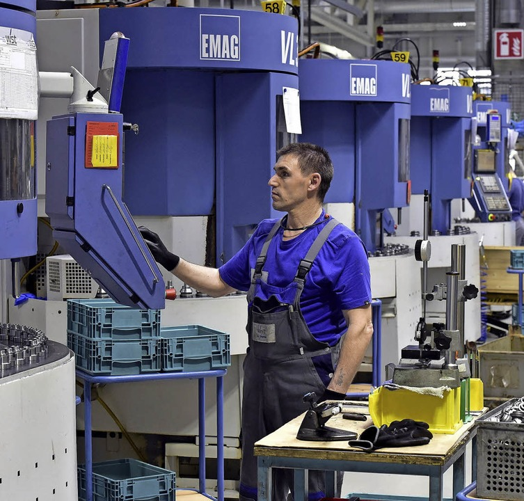 Bei der Steuerung der Maschinen<ppp></ppp>  | Foto: Thomas Kunz