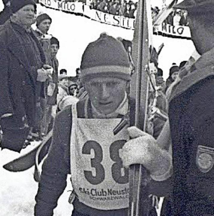 Georg Thoma beim Skispringen 1963 auf der   Neustädter Hochfirstschanze  | Foto: Archiv Brichta
