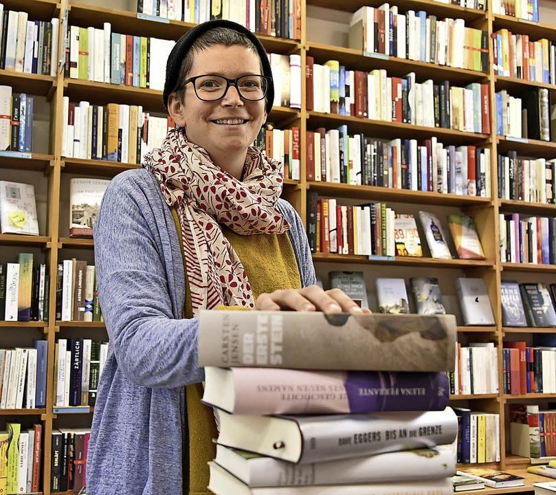 Liest mit Begeisterung: Buchhändlerin Jana Klings   | Foto: Michael Bamberger