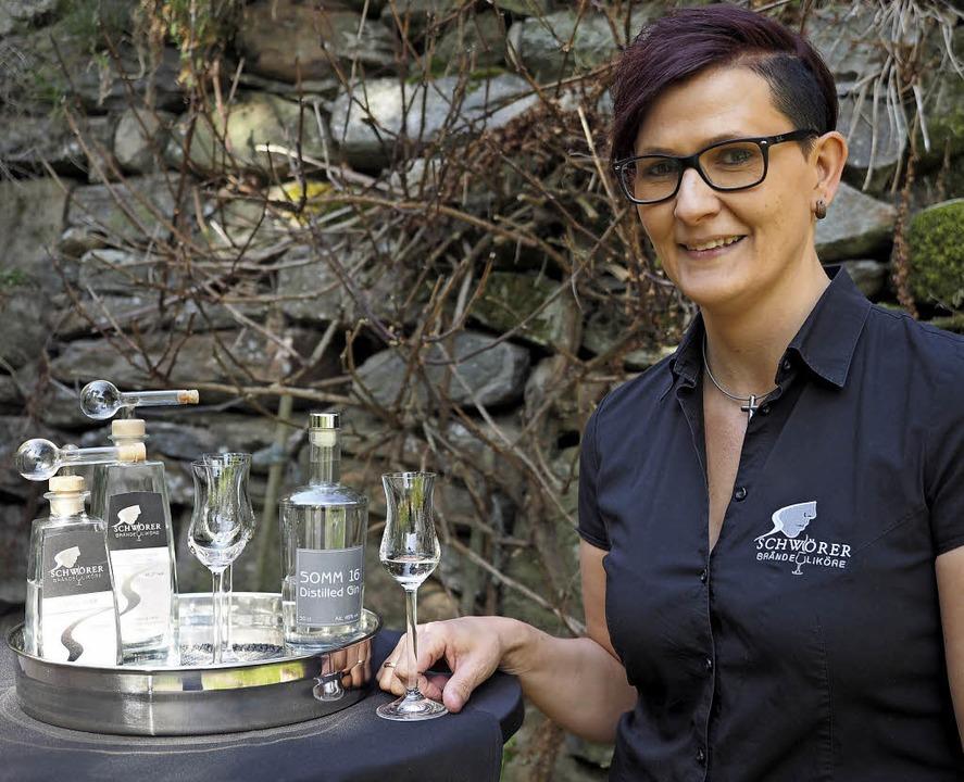 Sandra Schwörer ist Brennmeisterin und Musikerin in einem.   | Foto: Susanne Gilg