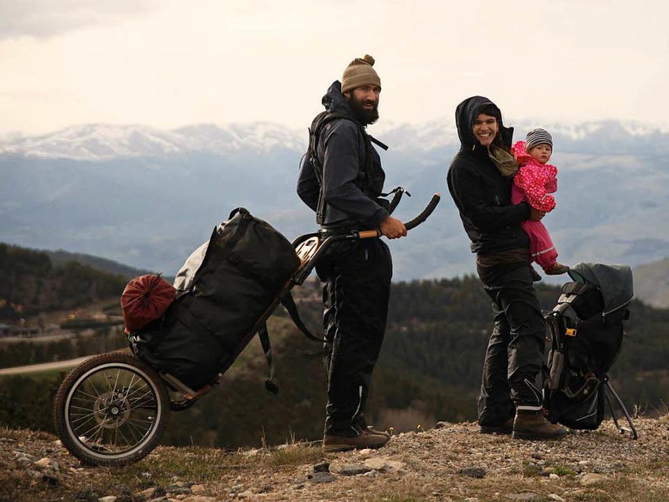 Auf dem Heimweg: Patrick Allgaier und ... Sohn Bruno unterwegs in den Pyrenäen.    Foto: Patrick Allgaier