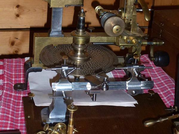 Viel zu sehen und zu entdecken gab es bei der 20. Antik-Uhrenbörse
