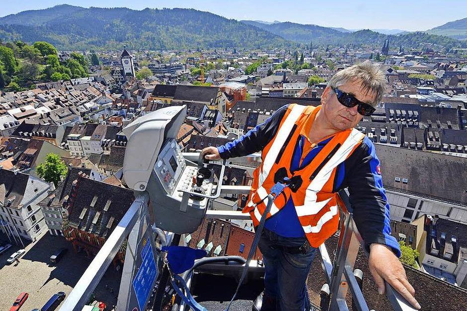 Rundumblick hoch oben auf dem Riesenhubsteiger (Foto: Michael Bamberger)
