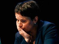 Frauke Petry und die AfD: Ein Rückzug in Raten