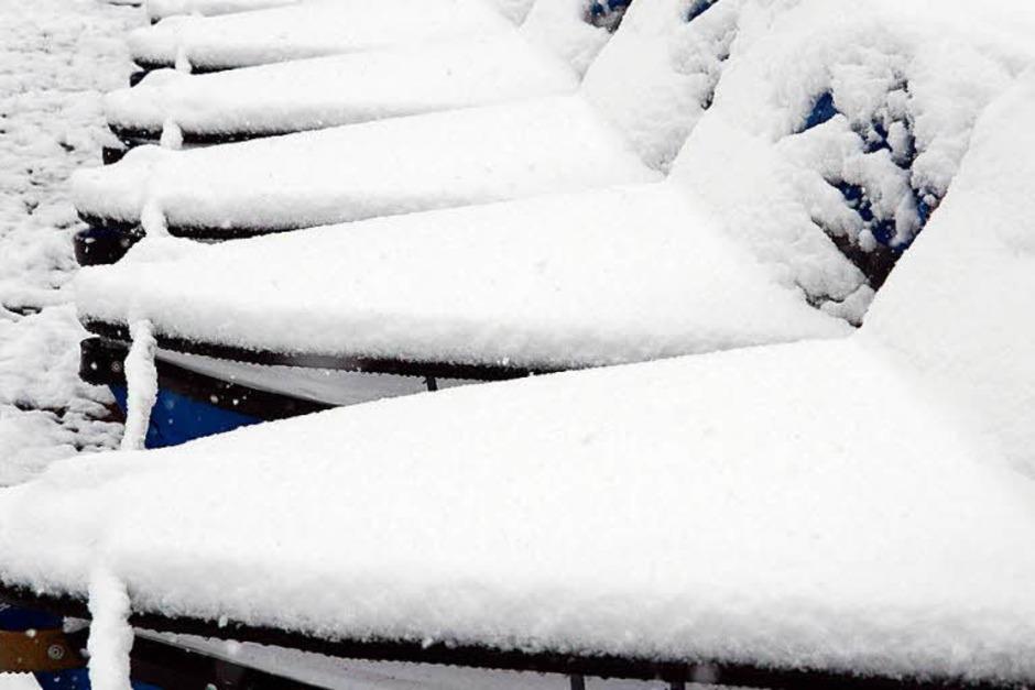 Legen vorerst nicht ab: Tretboote am Titisee. (Foto: dpa)