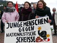 50 Menschen protestieren gegen AfD in Titisee-Neustadt