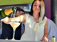 """Vorverkauf für die """"Wein-Fass-Bar"""" beginnt am 2. Mai"""