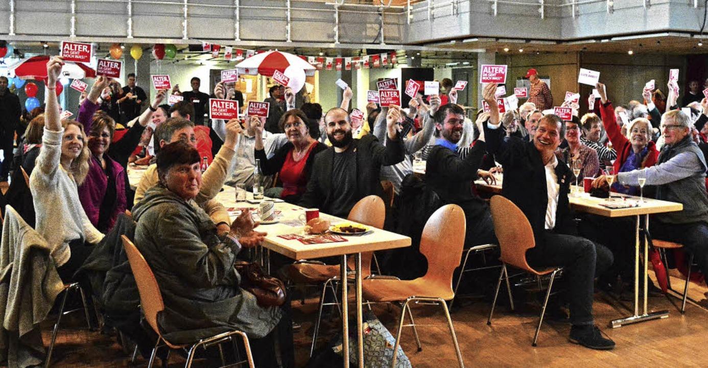 Stabile Renten, die zum Leben reichen,...ng der DGB-Kundgebung in Rheinfelden.   | Foto: Mahro