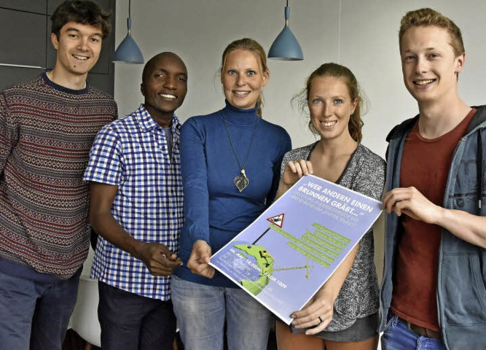Engagiert für Malawi: Timo Weißer, Ale...ser und Simon Schwarzkopf (von links).  | Foto: Michael Bamberger