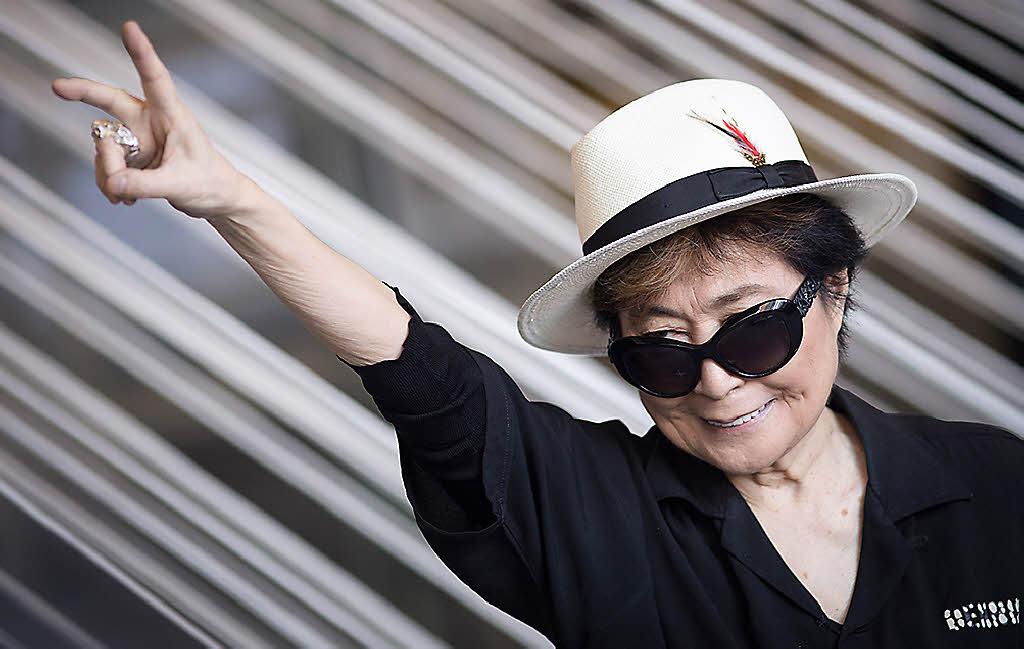 Yoko Ono gestaltet Titelseite für deutsche Zeitungen