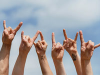 Polizei stoppt verrosteten Tourbus von polnischer Metal-Band