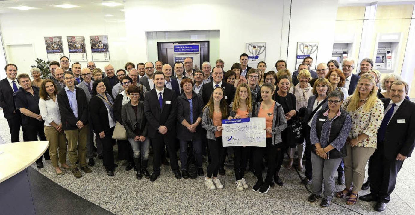 Aus dem Gewinnsparen der BBBank stammen 106000 Euro für soziale Zwecke.  | Foto: Ingo Schneider