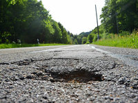 Landkreis investiert fünf Millionen Euro pro Jahr in seine Straßen – doch das ist zu wenig