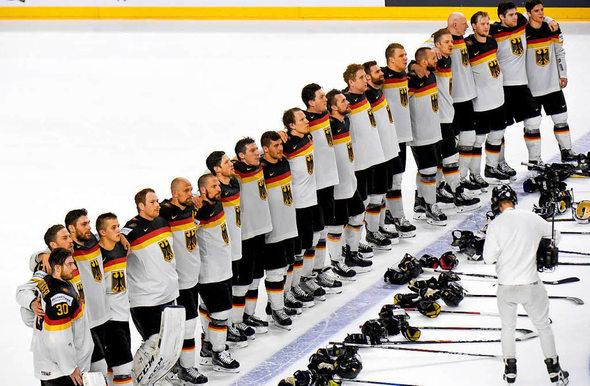 deutschland gewinnt penalty krimi gegen lettland eishockey badische zeitung. Black Bedroom Furniture Sets. Home Design Ideas