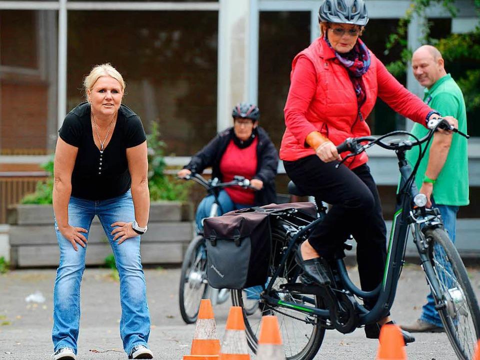 Wer vom normalen auf ein motorunterstü... machen, etwa bei Trainingsangeboten.   | Foto: Caroline Seidel (dpa)