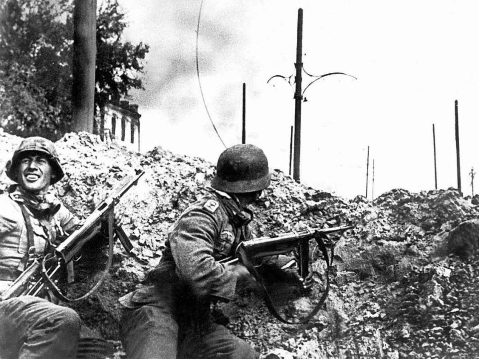 Deutsche Soldaten bei den Straßenkämpfen um Stalingrad (undatiertes Archivbild)  | Foto: dpa
