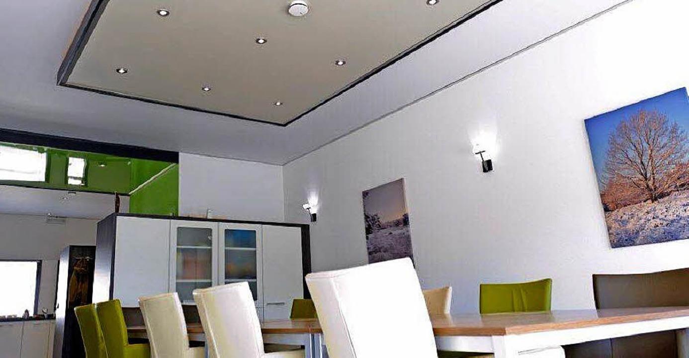 t raumdecken nach ma anzeige badische zeitung. Black Bedroom Furniture Sets. Home Design Ideas