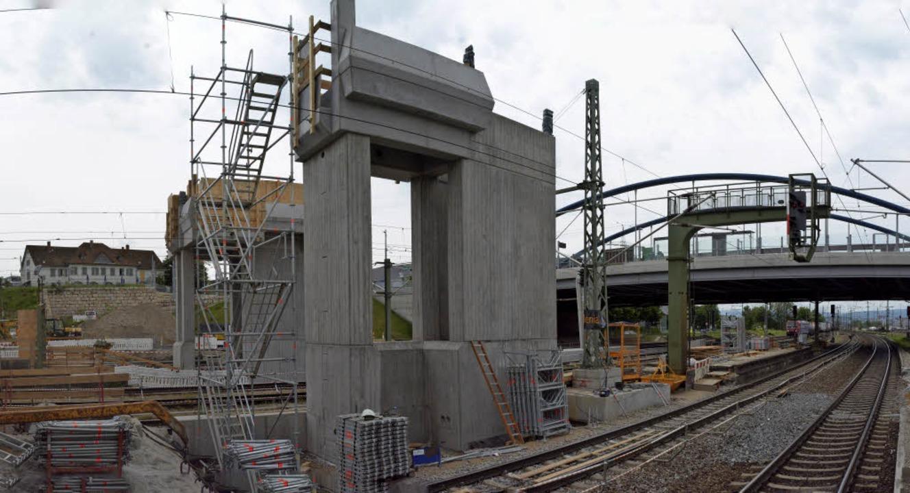 Der Dreizack ist im Bau, doch wer auf ...r Fotograf, hat später keinen Zugang.   | Foto: Lauber