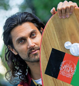 Der Surfer aus dem Land ohne Meer
